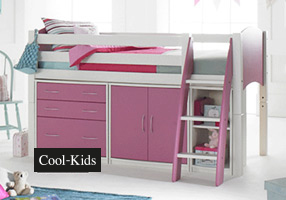 Cabin bed white and pink